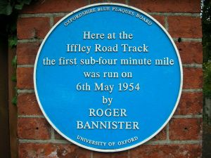 800px-Iffley_Road_Track,_Oxford_-_blue_plaque